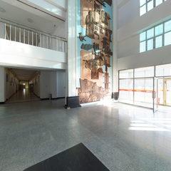 一号教学楼大厅